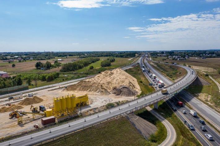 Autostrada A1, odcinek Tuszyn-Piotrków Trybunalski